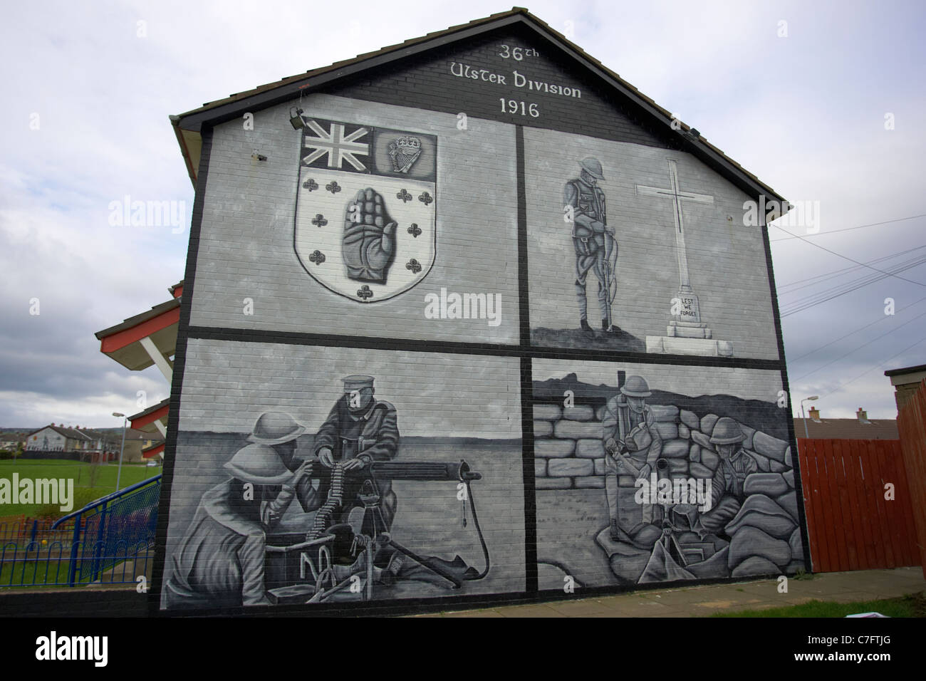 36th ulster division 1916 loyalist wall mural painting for Exterior mural painting