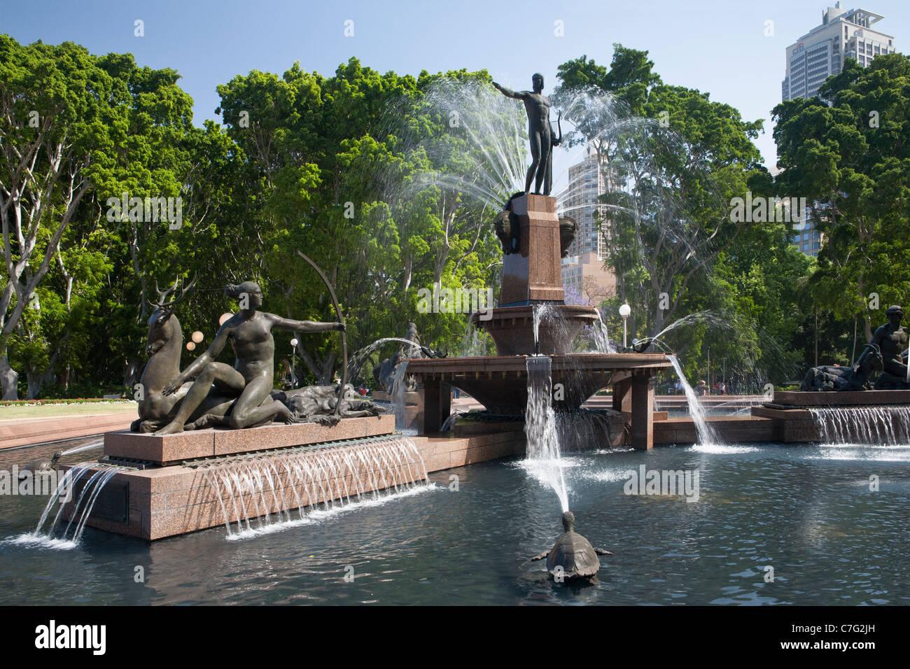 Water fountains hyde park - Archibald Fountain Hyde Park Sydney Australia