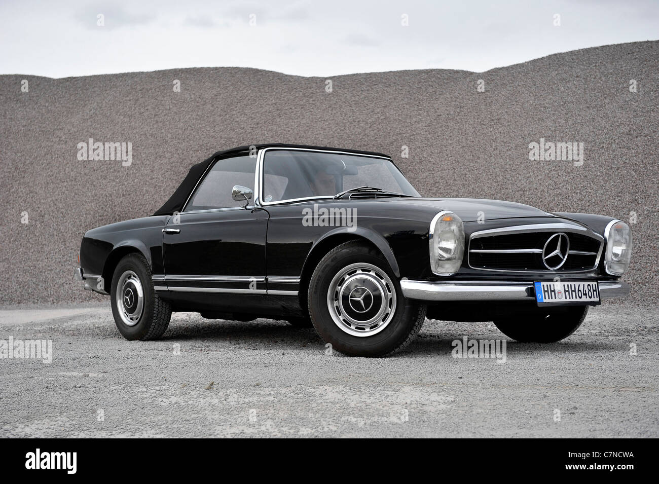 Mercedes benz 230 sl pagode vintage car collectible for Vintage mercedes benz