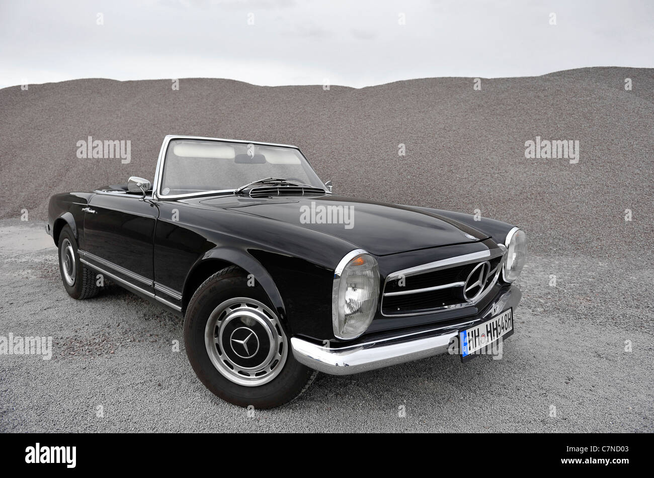 Mercedes Benz 230 SL Pagode, vintage car, collectible, collector\'s ...
