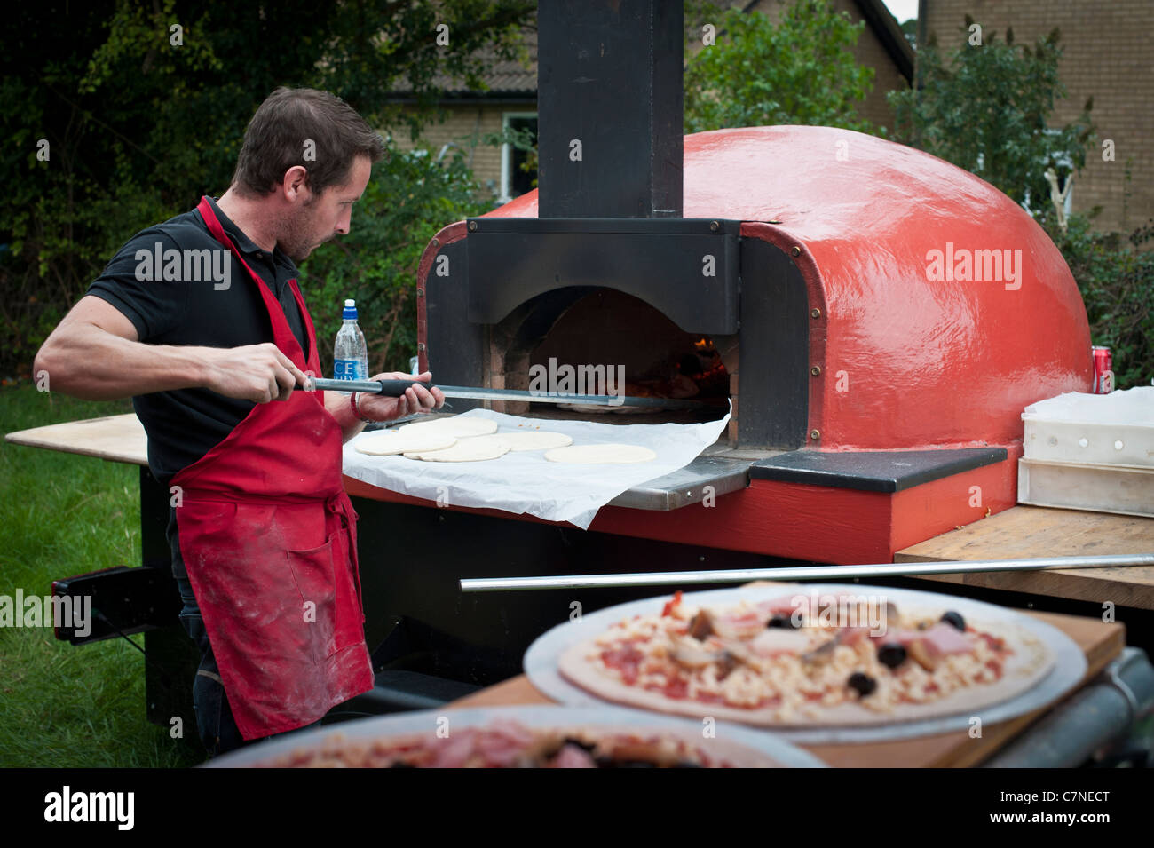 Portable wood fired pizza oven for sale - Mobile Wood Fired Pizza Oven In Use At An Event
