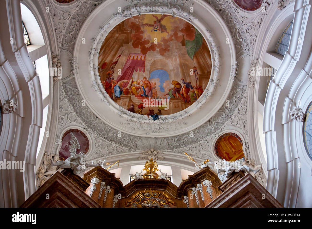 Baroque style ceiling design in church of st mang fussen for Baroque style church