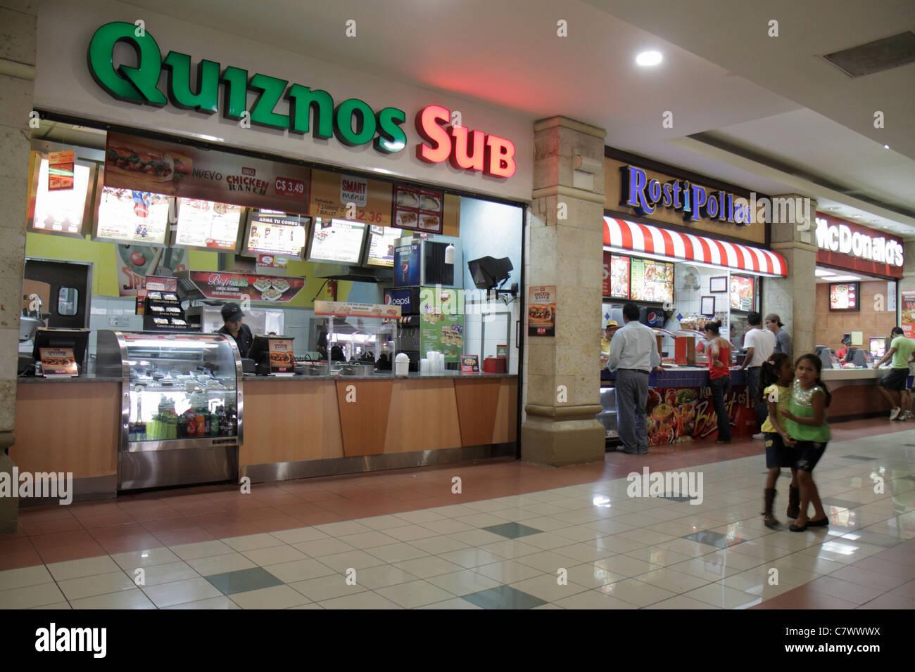 Nicaragua managua metrocentro shopping center centre mall for Shopping cuisine