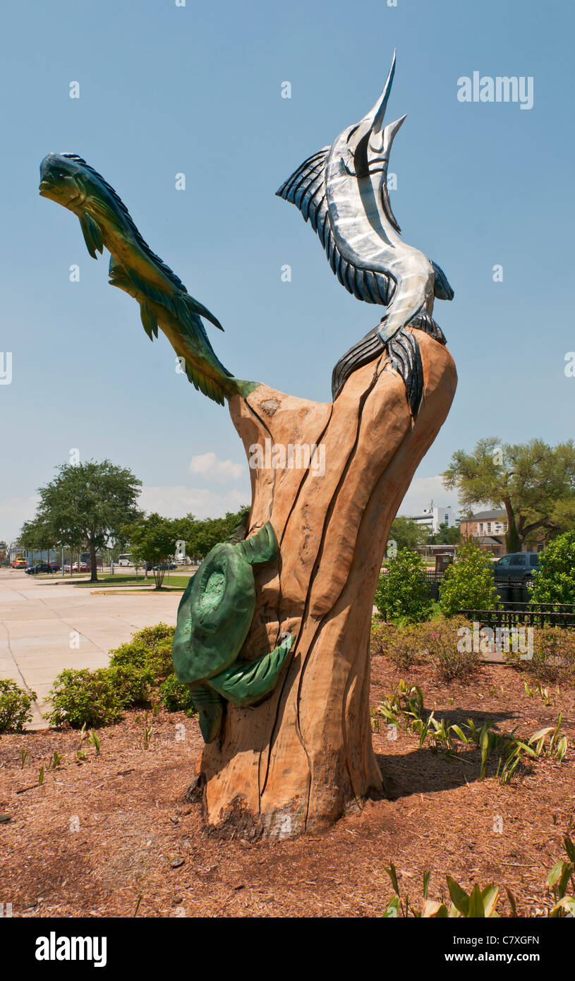Mississippi biloxi wood sculpture by artist marlin