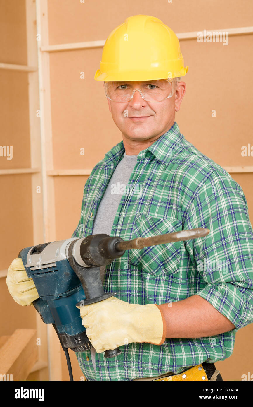 Mature wife and the handyman