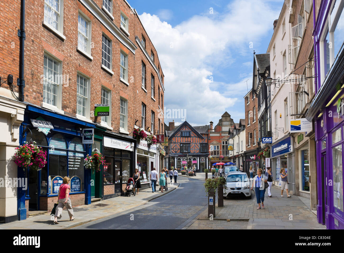 A Shopping Centre of 25 independent shops in Shrewsbury. All the shops give contact details and opening times. Events held during the year and Facebook link.