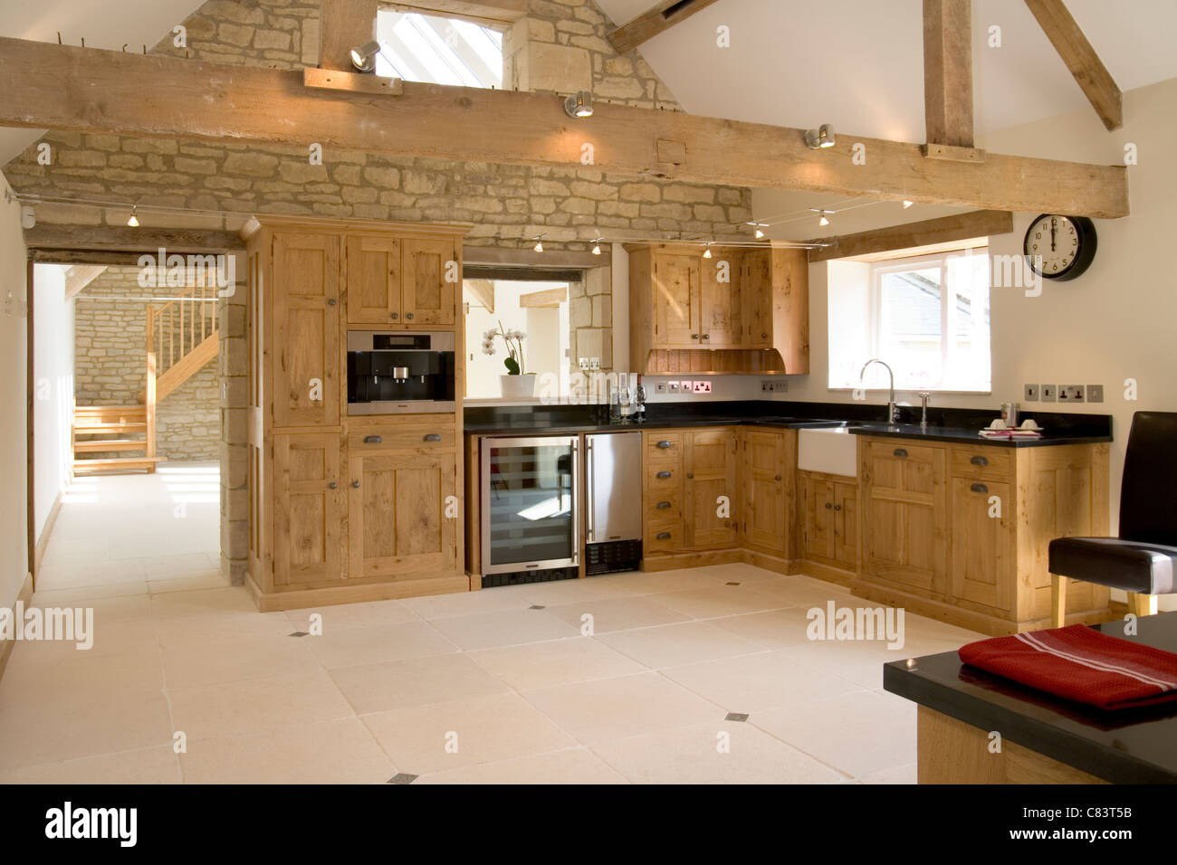 High Quality Brand New Contemporary Upmarket Large Barn Conversion Fitted Kitchen    Stock Image Part 28