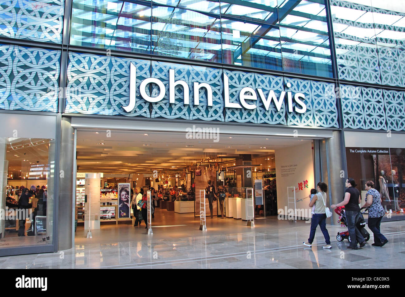 john lewis store entrance westfield shopping centre stratford city stock photo 39601945 alamy. Black Bedroom Furniture Sets. Home Design Ideas