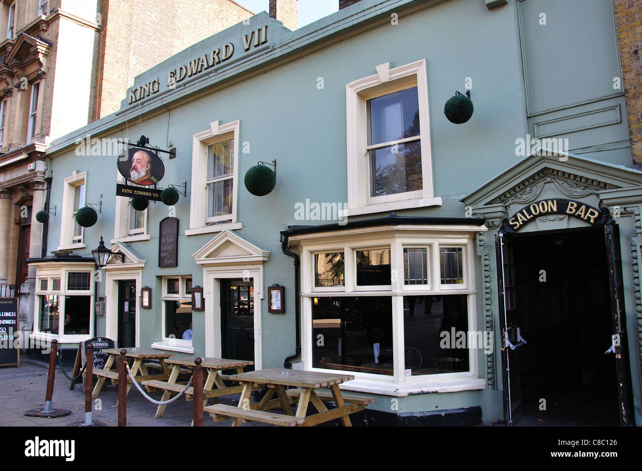 19th century king edward viii pub high street stratford. Black Bedroom Furniture Sets. Home Design Ideas
