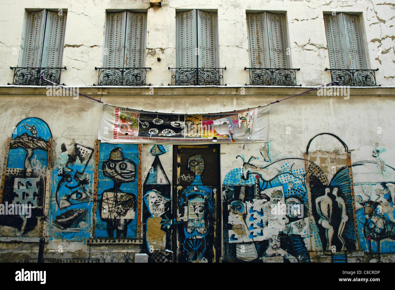 Street art in paris stock photo royalty free image 39619826 alamy - Expo street art paris ...