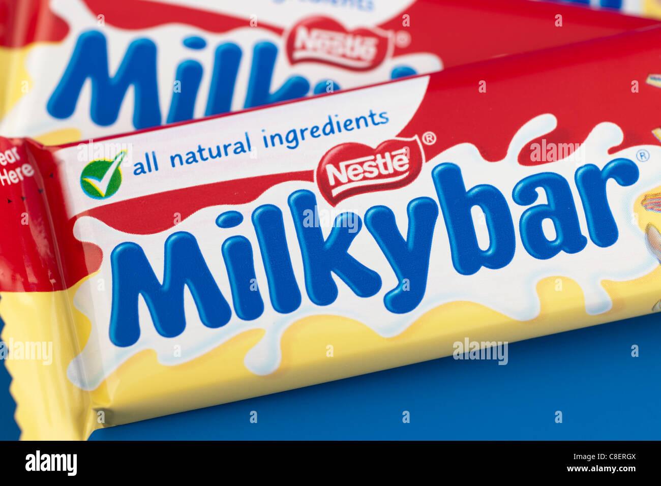Nestle Milky Bar Chocolate Bar Stock Photos & Nestle Milky Bar ...
