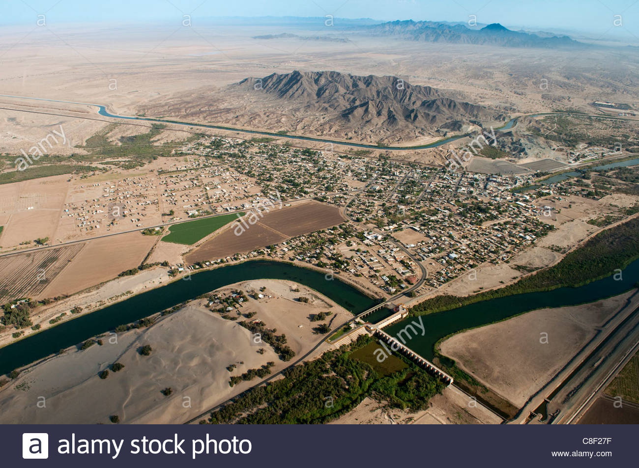 Wide Angle Aerial View Of Yuma And USMexico Border At Morelos Dam - Aerial maps over mexican us border
