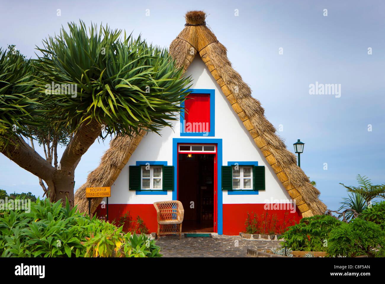 Santana portugal europe madeira casas de colmo straw - Casas de madera portugal ...