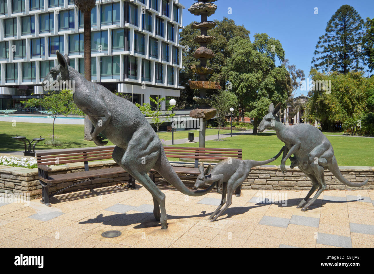 Kangaroos sculpture on st george 39 s terrace perth western for 55a swanview terrace south perth