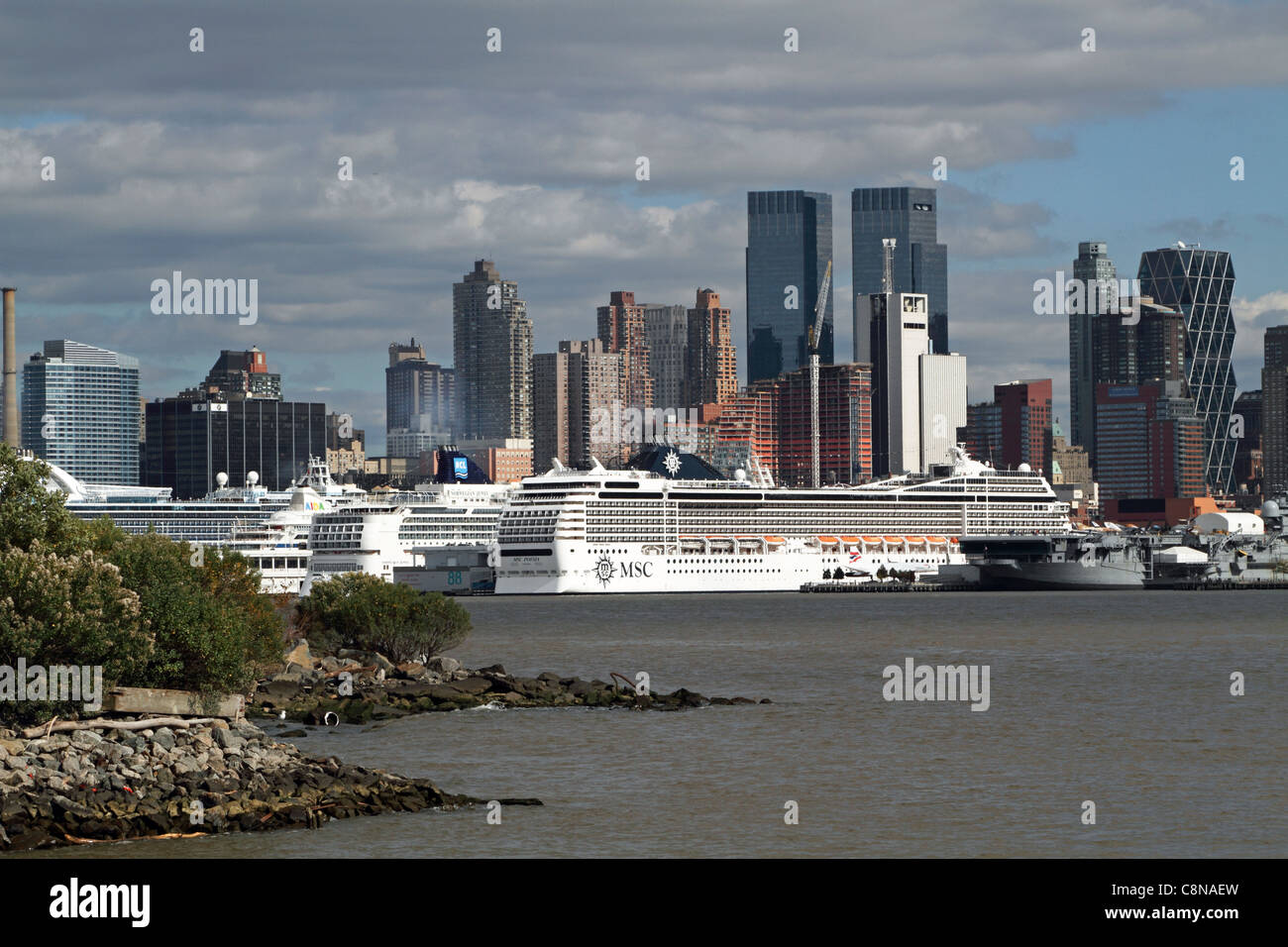 Cruise Ships Docked On The Hudson River At Midtown Manhattan New - Cruise ships from new jersey