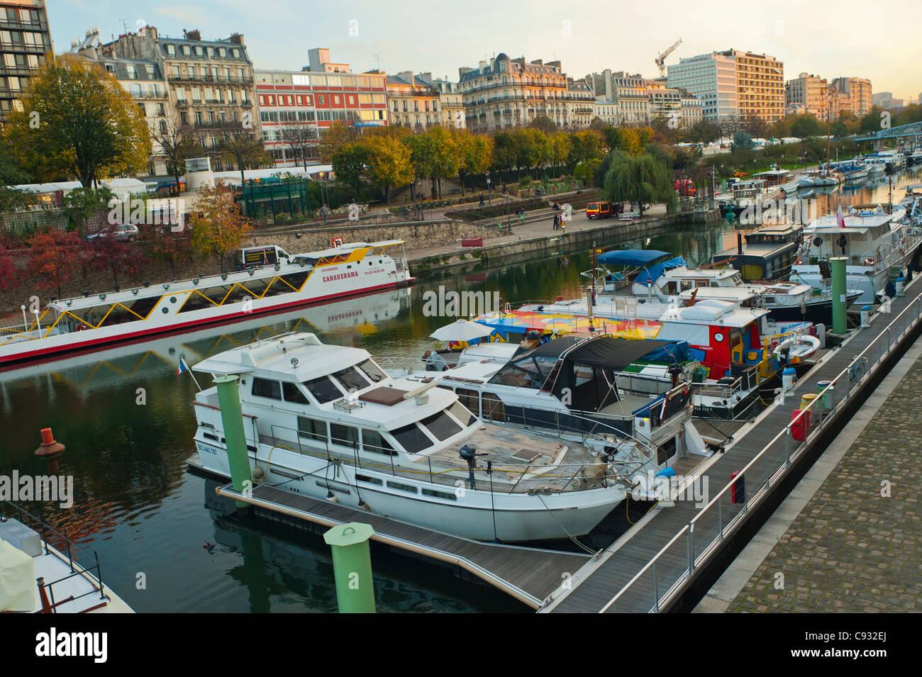 Paris france bastille district boats on canal port de - Port de l arsenal paris ...