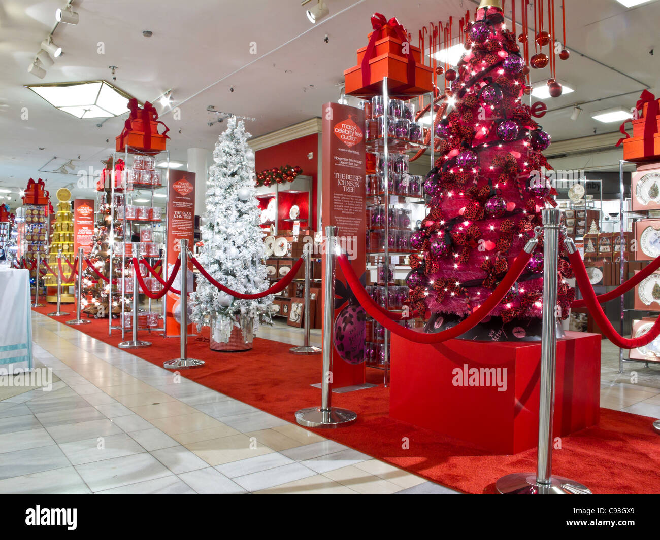 Macy's Department Store, Christmas Displays, NYC Stock Photo ...