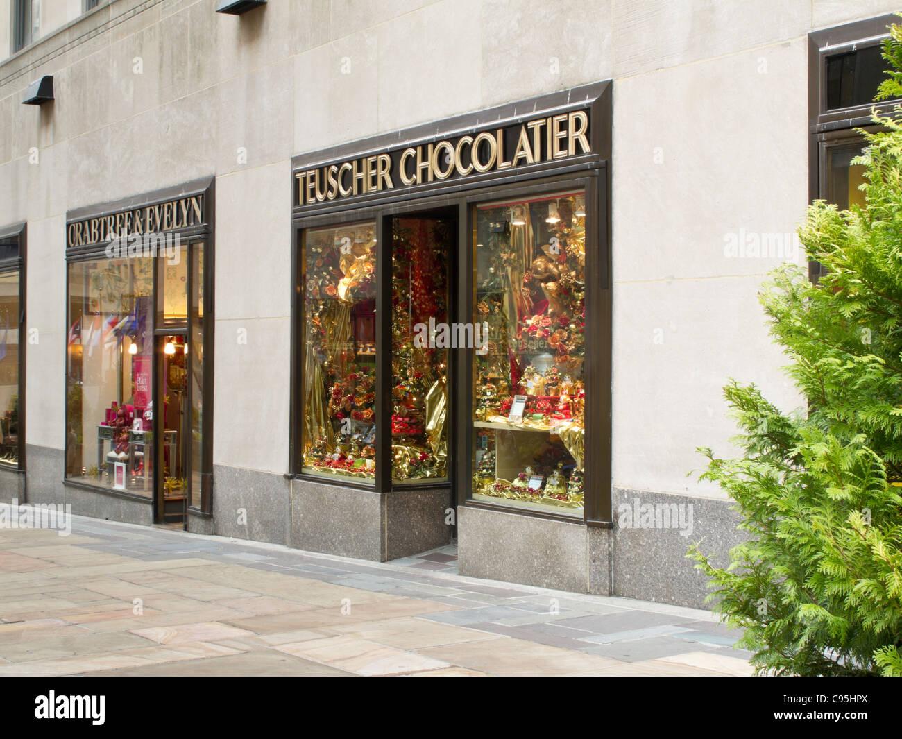 Channel Garden Shops Holiday Season Rockefeller Center Nyc