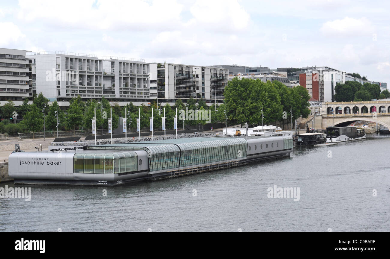 Floating Pool Piscine Josephine Baker On The Left Bank Of The Seine Stock Photo Royalty Free