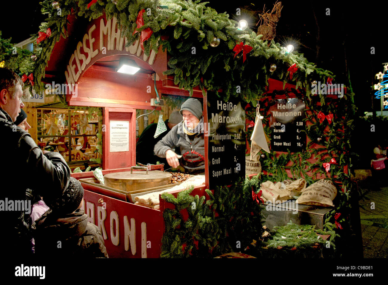 weihnachtsmarkt in deutschland christmas market in germany stock photo royalty free image. Black Bedroom Furniture Sets. Home Design Ideas
