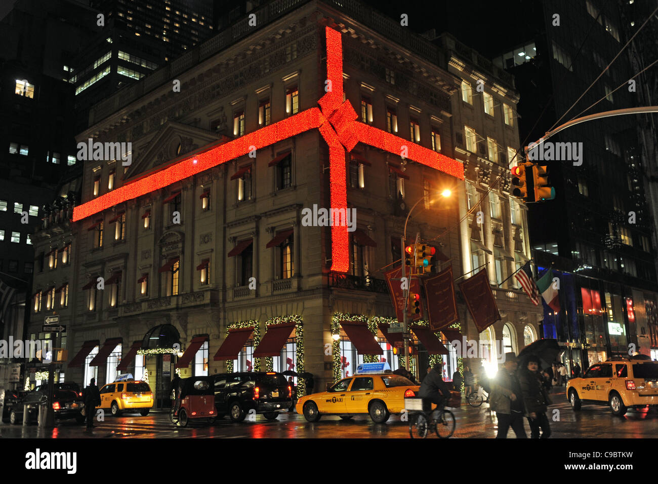 Christmas decoration red bow ribbon at the Cartier shop in 5th ...