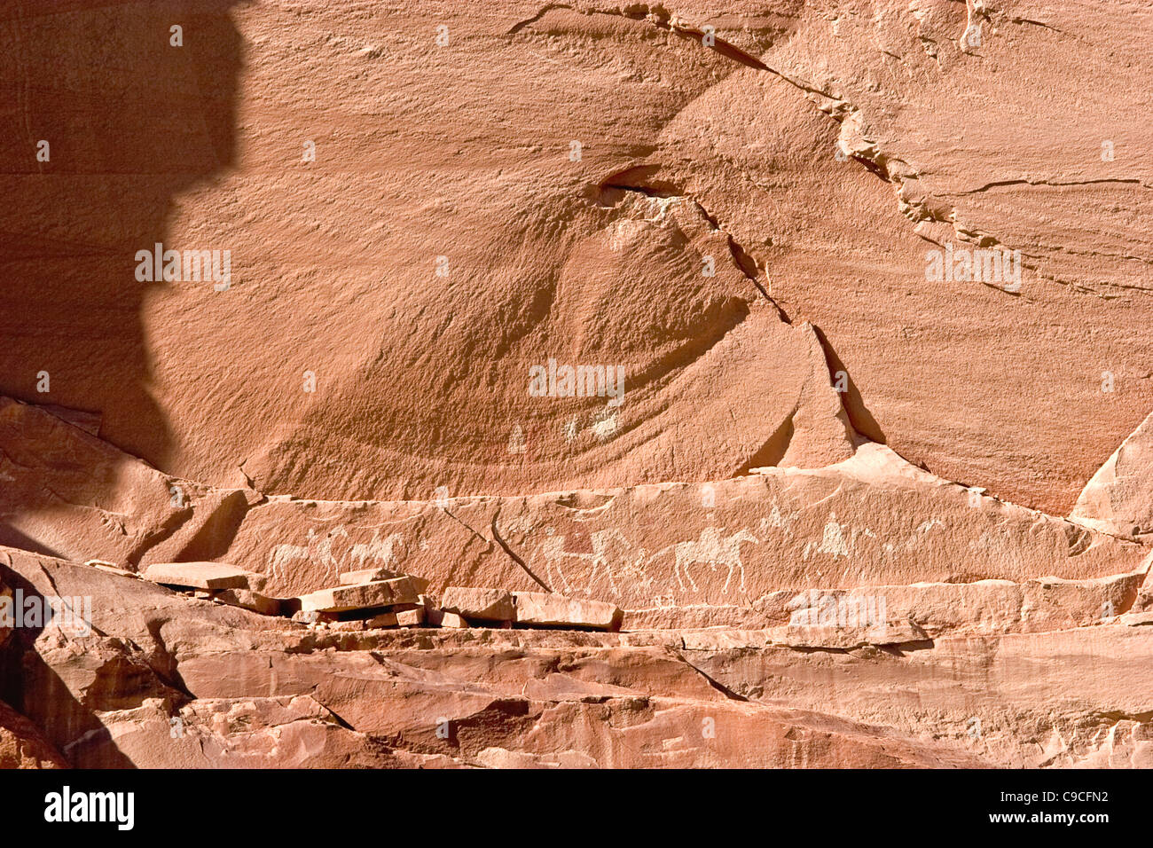 Stone Drawings Stock Photos Amp Stone Drawings Stock Images Alamy