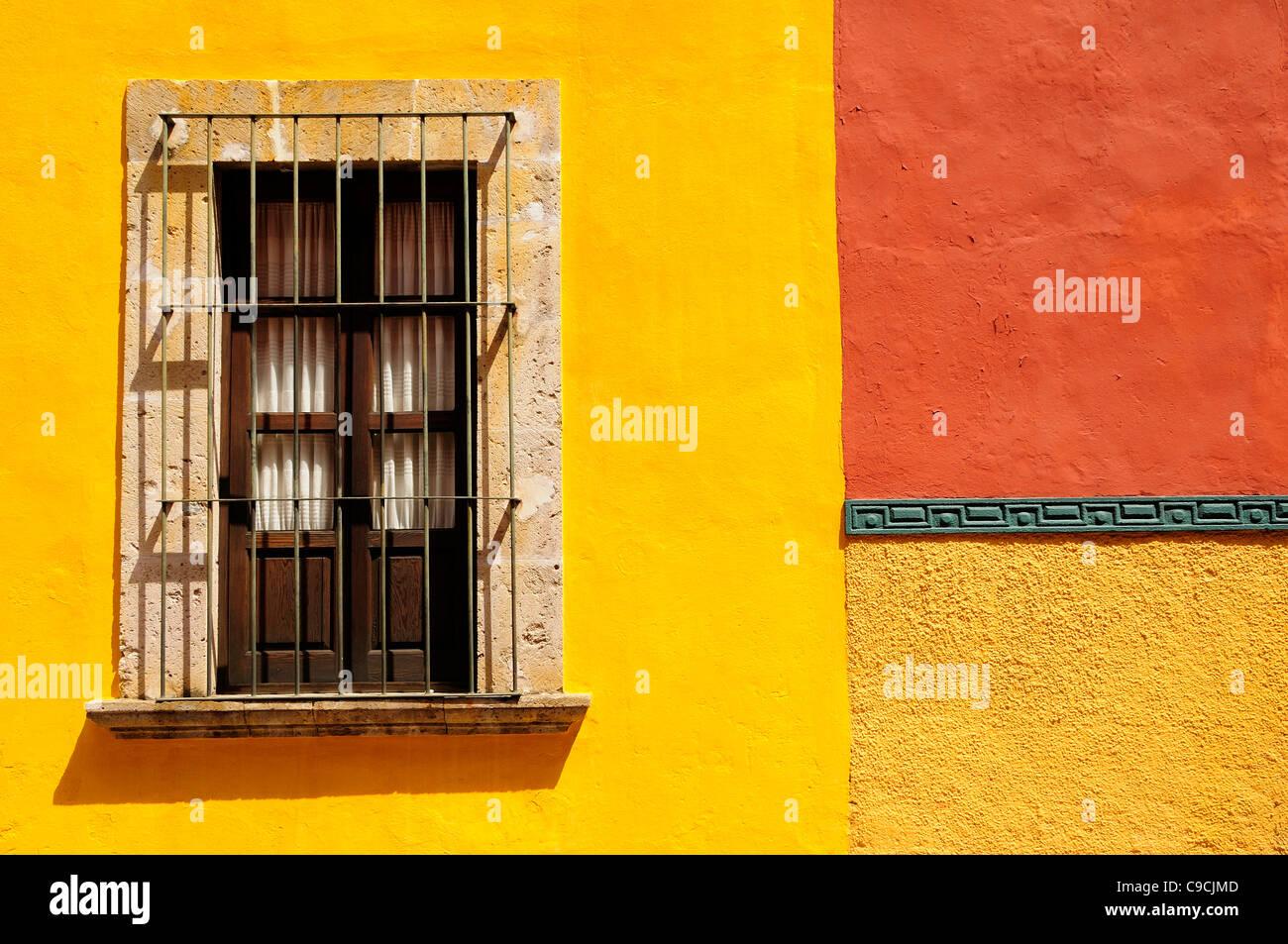 Fantastic San Miguel Wall Decor Festooning - Art & Wall Decor ...