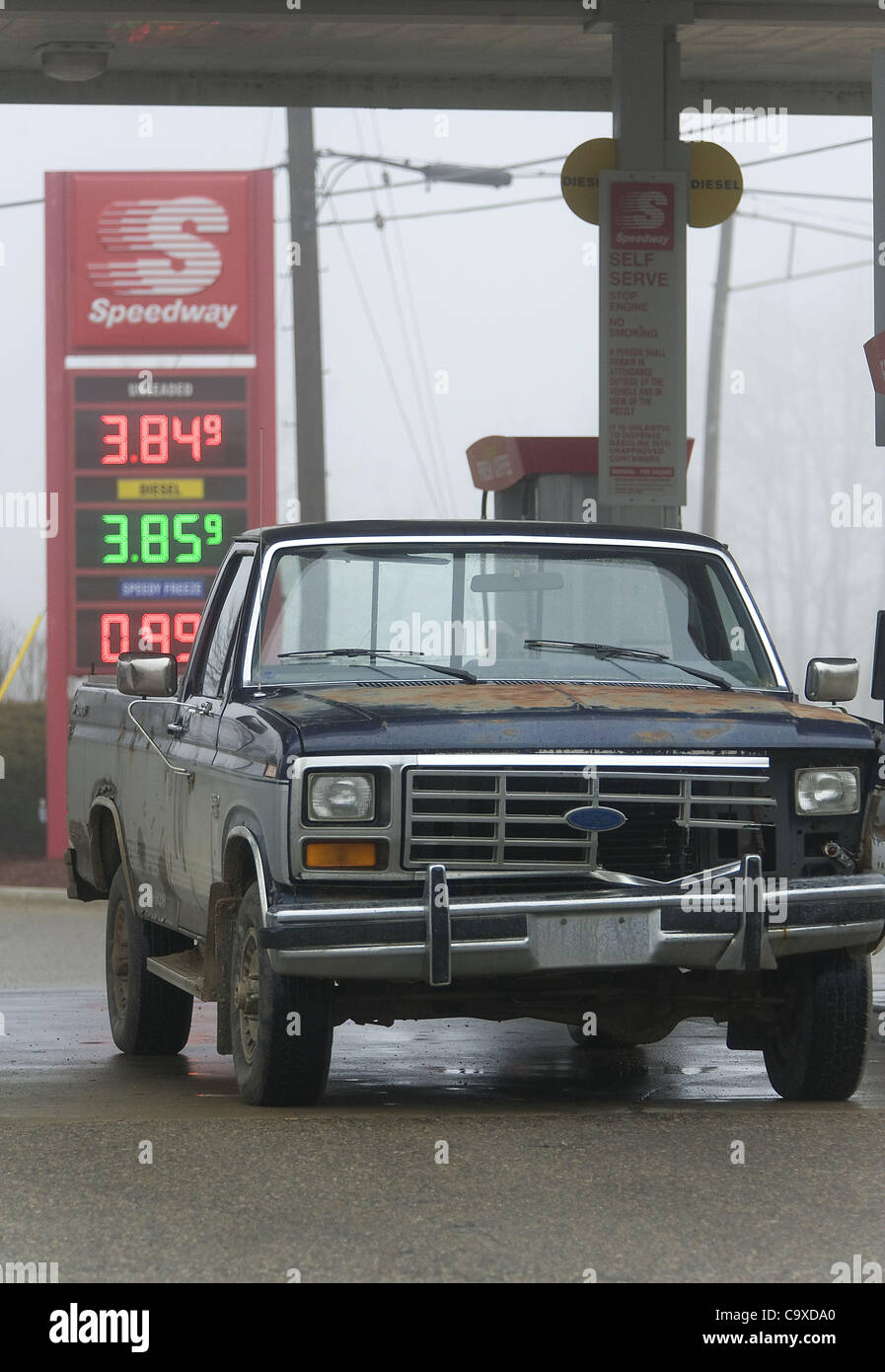 Feb. 29, 2012 - Whitmore Lake, Michigan, U.S - An old Ford truck ...