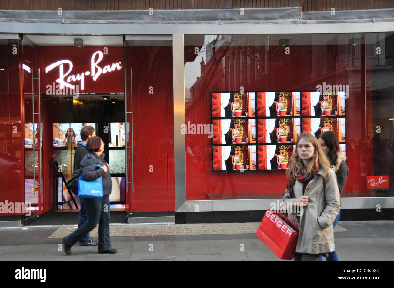 ray ban shopping  Ray Bans Stock Photos \u0026 Ray Bans Stock Images - Alamy
