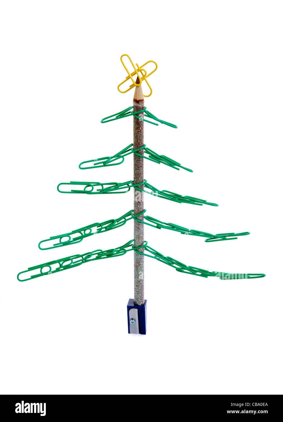 c8alamycomcompcba0eaoffice christmas tree mad - Christmas Tree Clips