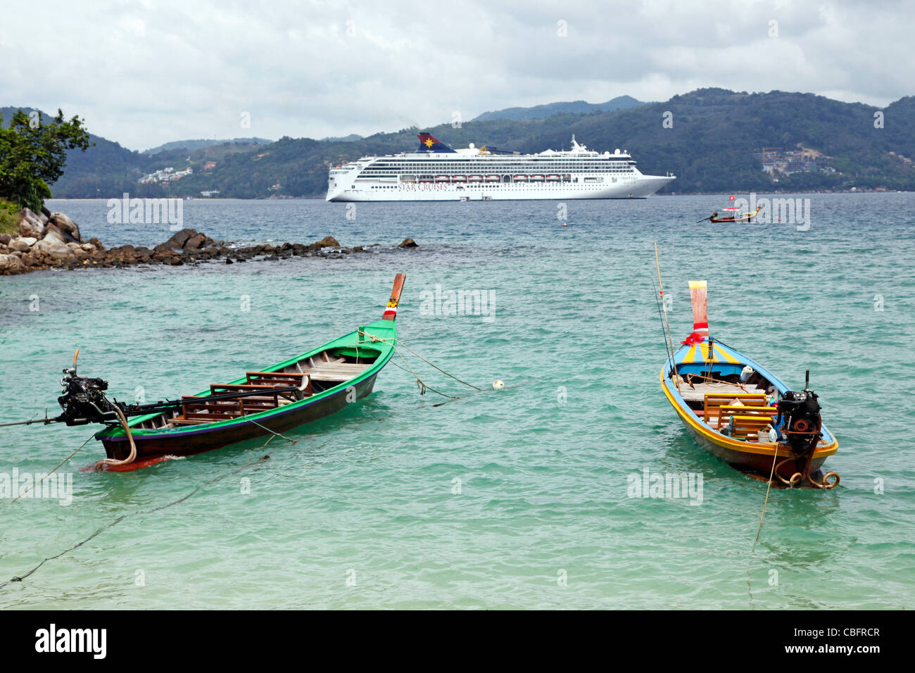 Star Virgo From Star Cruises Cruise Ship And Traditional Thai Long - Cruise ship in thailand