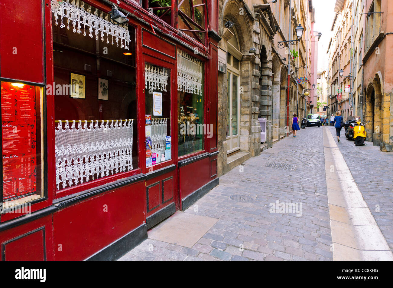 le tire bouchon restaurant in old town vieux lyon france unesco stock photo royalty free. Black Bedroom Furniture Sets. Home Design Ideas