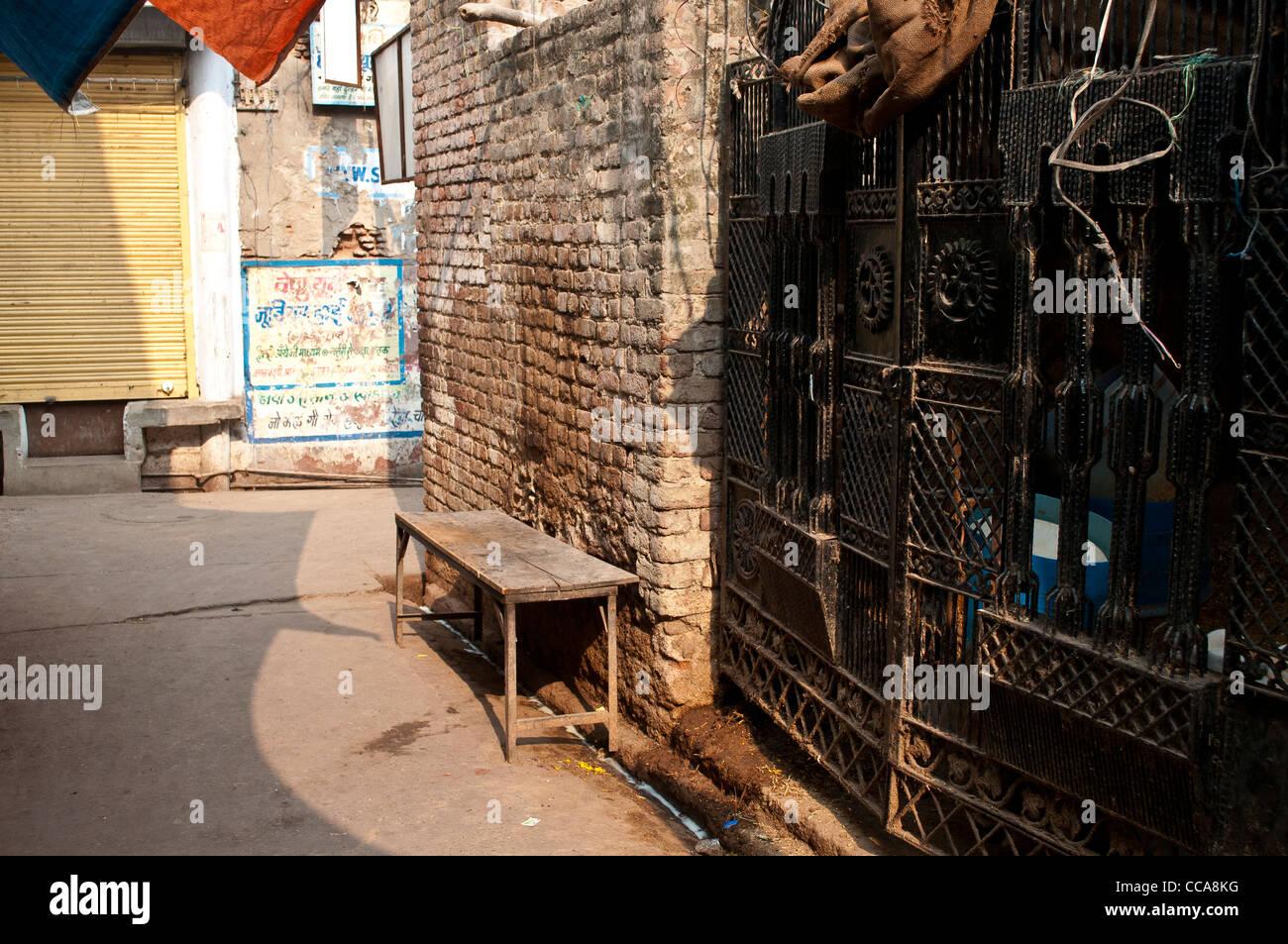Empty street corner, Vrindavan, Uttar Pradesh, India Stock ...