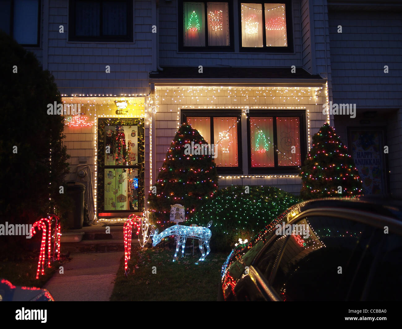 Christmas house outside - Christmas Decorations Outside Private House Staten Island New York