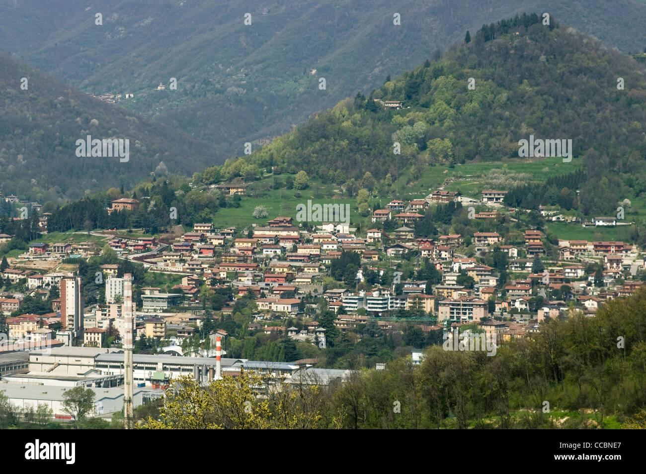Little town view and seriana valley alzano lombardo - Alzano lombardo piscina ...