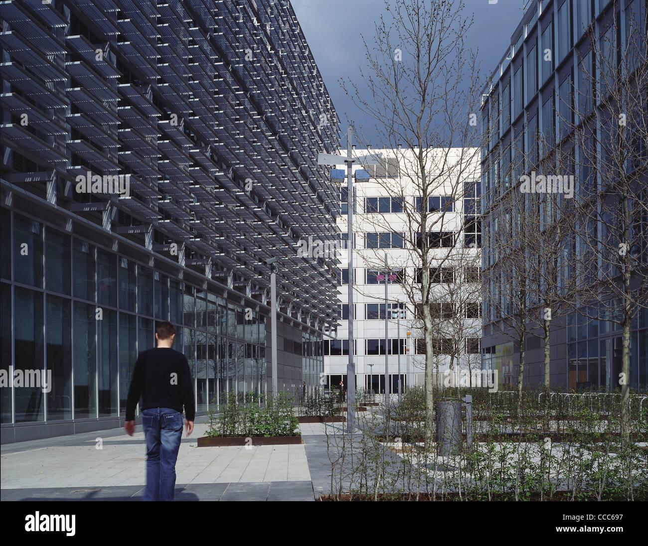 BBC MEDIA VILLAGE VIVA CITY BROADCASTING BUILDING STREET VIEW B
