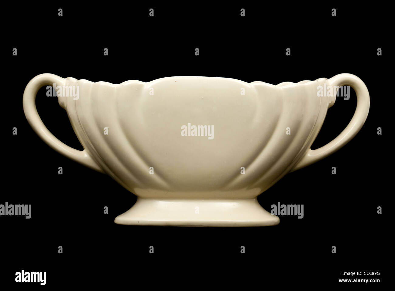 Vintage cream posy bowl vase by dartmouth pottery devon vintage cream posy bowl vase by dartmouth pottery devon pattern 137b reviewsmspy