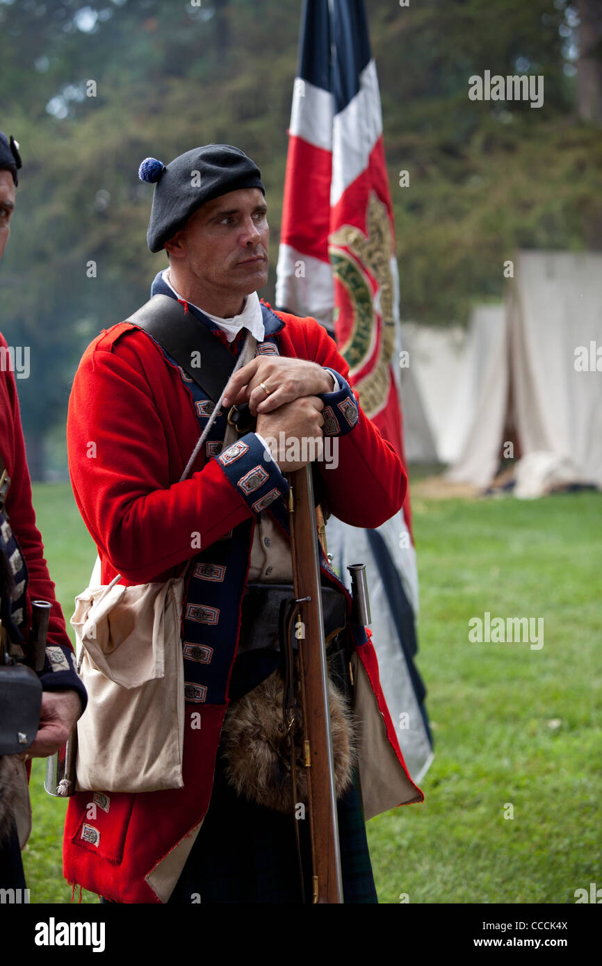 Red coat confederate soldier during a civil war reenactment Stock ...