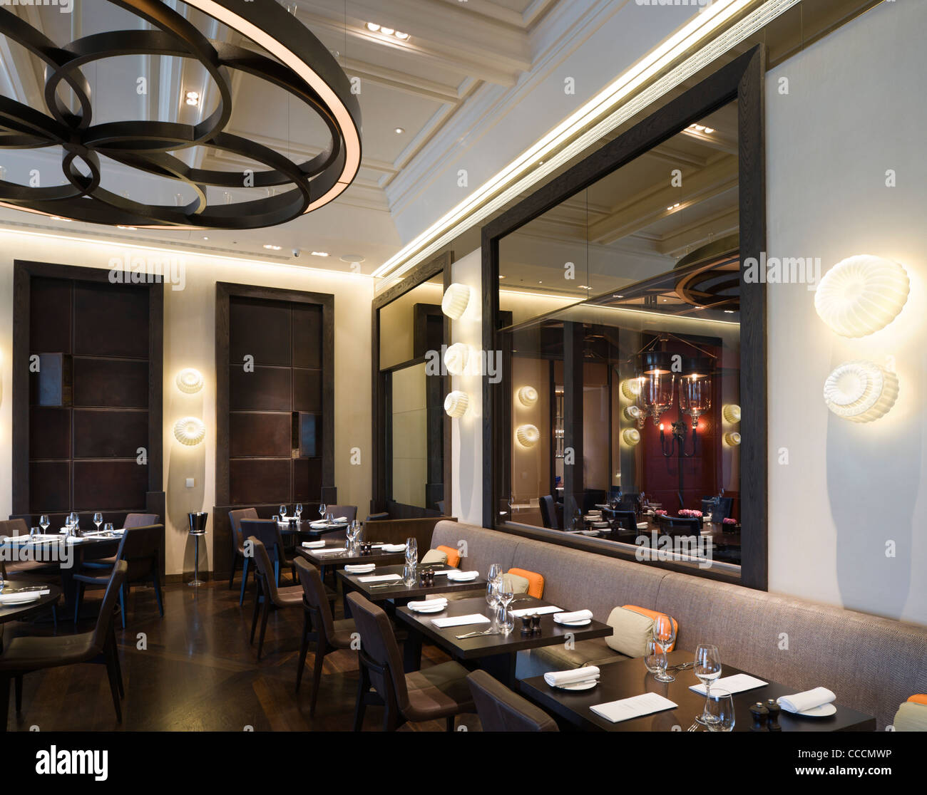 Dinner heston blumenthal restaurant mandarin oriental hotel stock photo royalty free image - Hotel mandarin restaurante ...