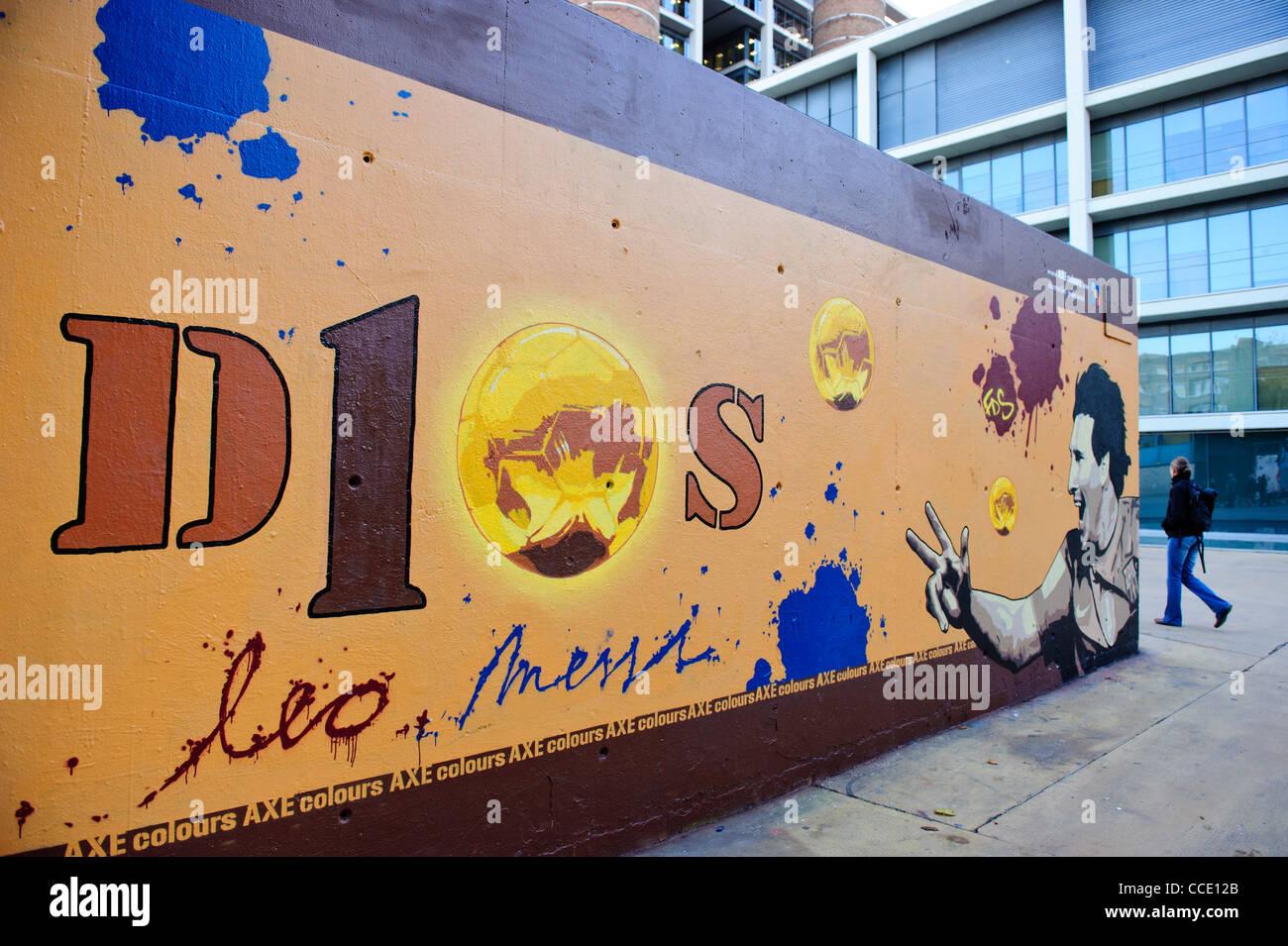 Graffiti wall barcelona -  Lionel Messi Graffiti Tribute Wall In Barcelona Spain Stock Photo