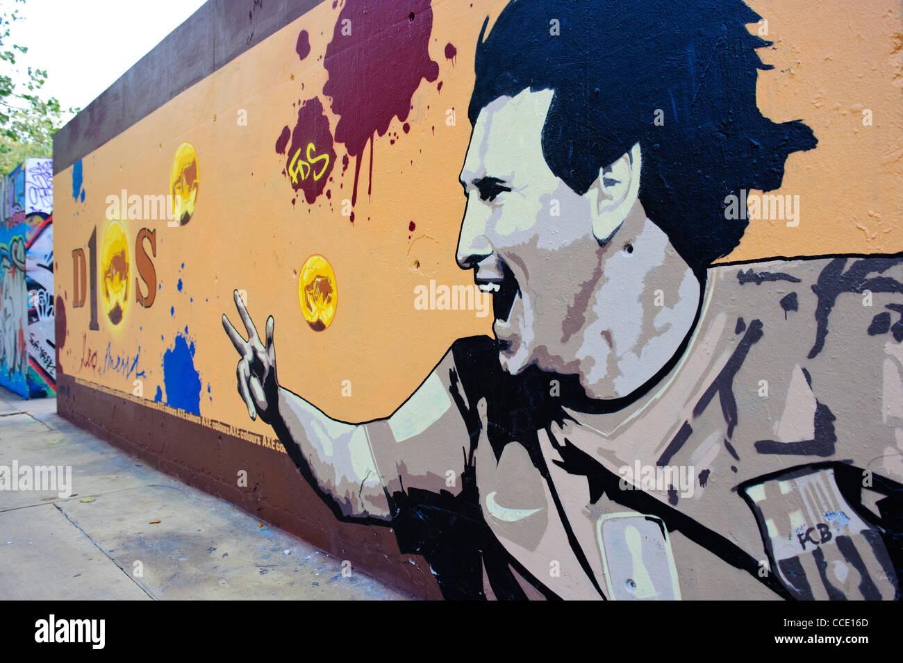 Graffiti wall barcelona - Lionel Messi Graffiti Tribute Wall In Barcelona Spain
