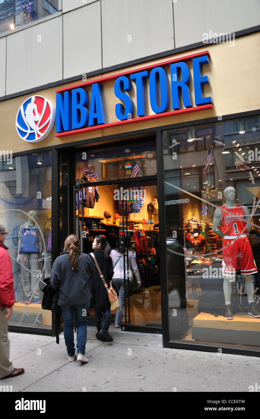 The NBA Store is a chain of officially licensed retailers which sell merchandise for the National Basketball Association (NBA). The most prominent of these stores is located in the United States on Fifth Avenue and 45th Street, Manhattan, New jdgcrlweightlossduzmpl.ml are seven other locations outside the United States: one in Milano, Italy, two in Beijing, China, one in Taipei, Taiwan, and three in the.