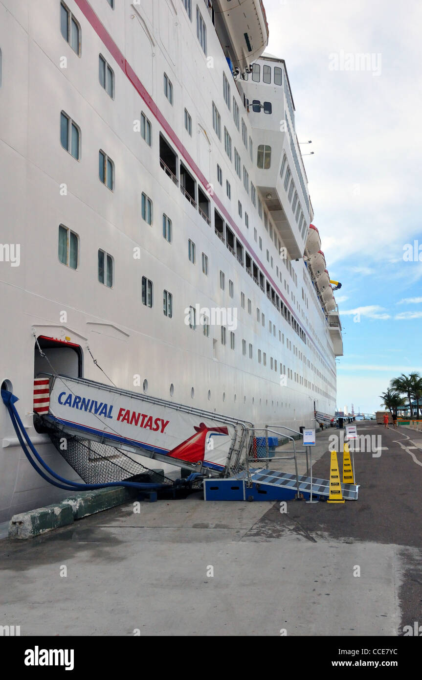 Carnival Fantasy Cruise Ship Docked In Nassau Port Bahamas Stock - Docked cruise ship