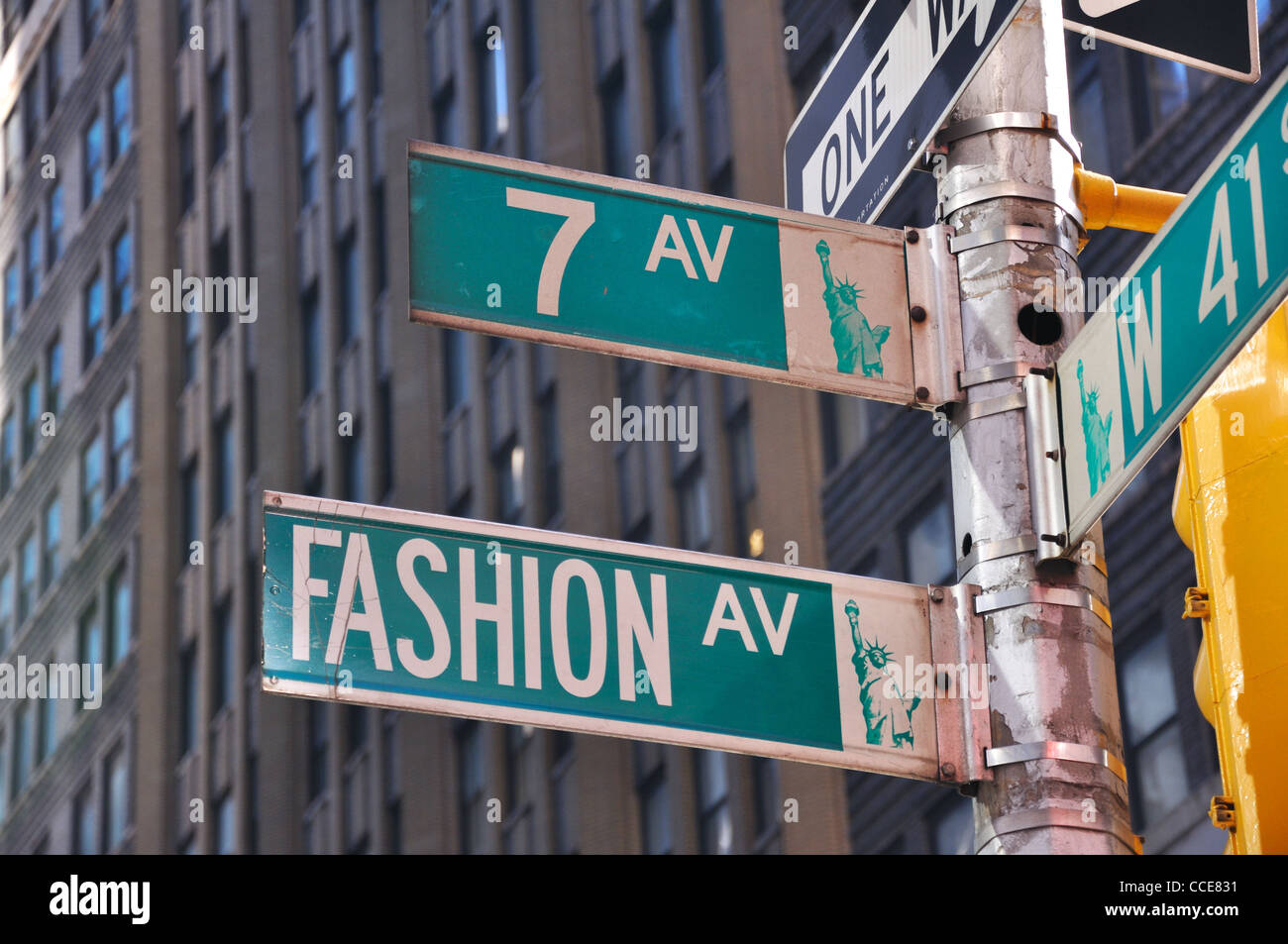 Fashion Avenue and 7th Avenue street signs, New York, USA ...