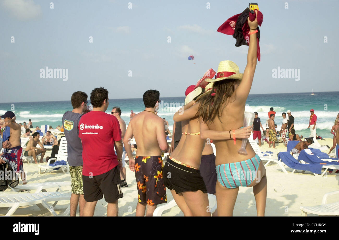 CANCUN Mexico Cancuns Beach Is The Site Of Non Stop Partying For American College Students On Spring Break Every Year Thousands Spend