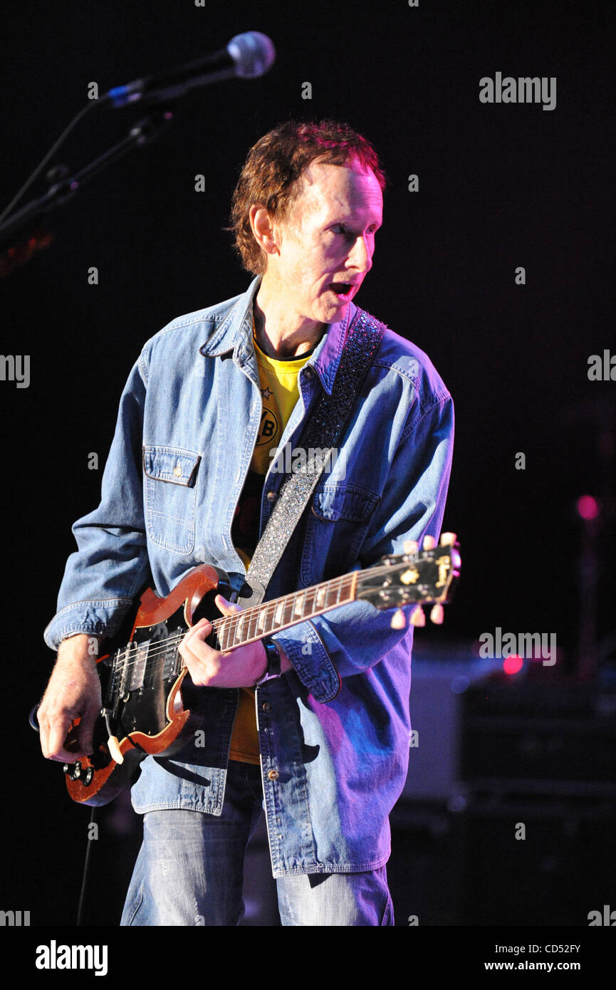 Nov 2.02008-Los Angeles California USA-Musician ROBBY KRIEGER (The Doors) Experience Hendrix Tour held at the Greek Theater.  sc 1 st  Alamy & Nov 2.02008-Los Angeles California USA-Musician ROBBY KRIEGER (The ...