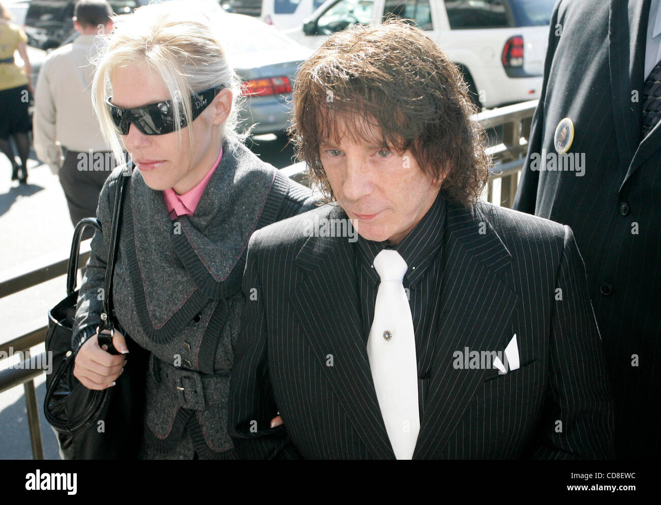 oct 29 2008 los angeles california usa phil spector and his oct 29 2008 los angeles california usa phil spector and his wife rachelle short leave for a lunch break on the first day of his retrial for the fatal