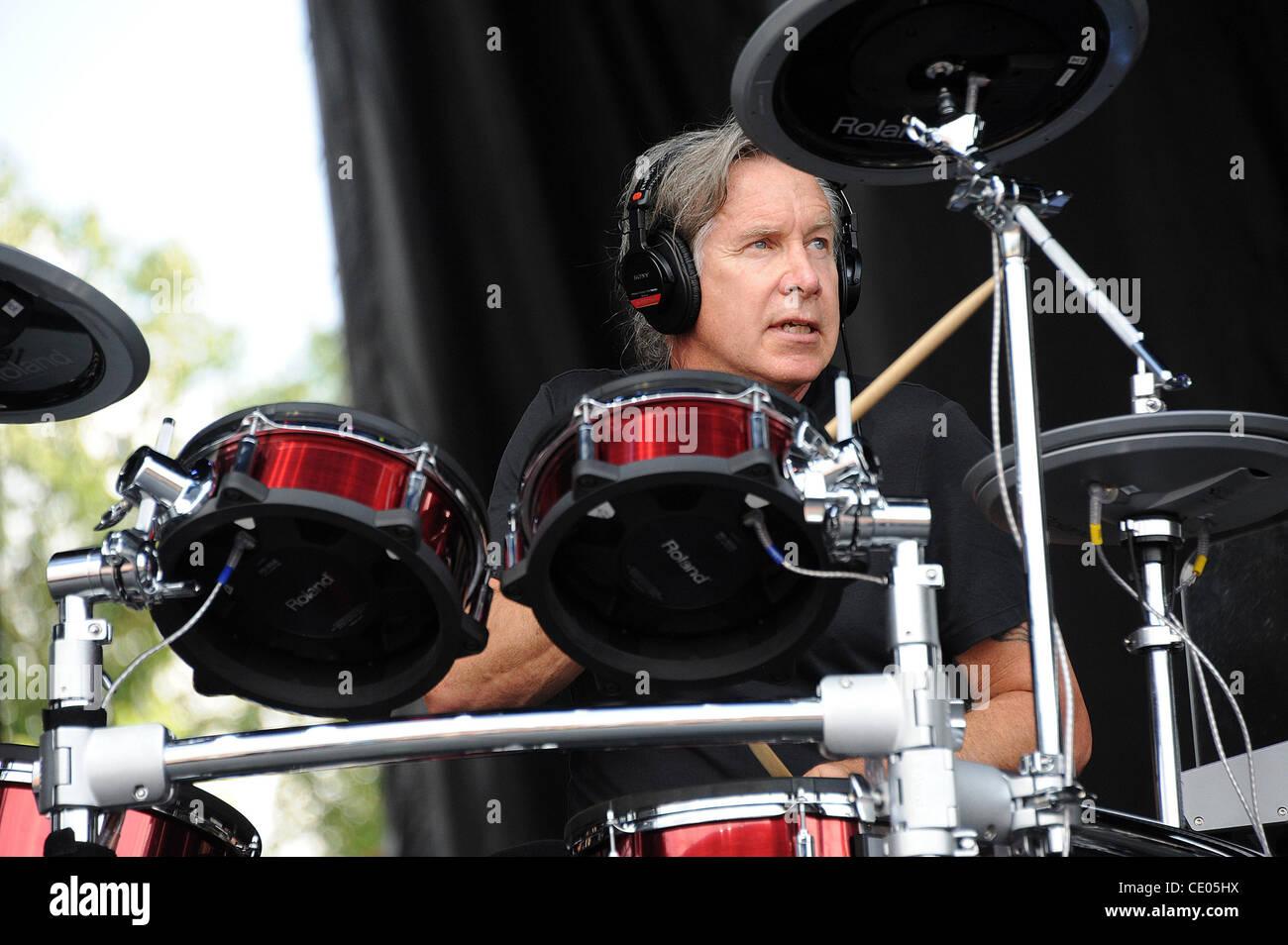 Aug 7 2011 Chicago Illinois USA Drummer DAVID ROBINSON of