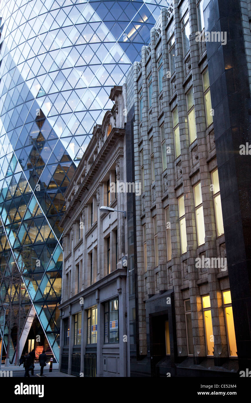 Old And New Architecture In The City Of London Old Art Deco Building Stock P