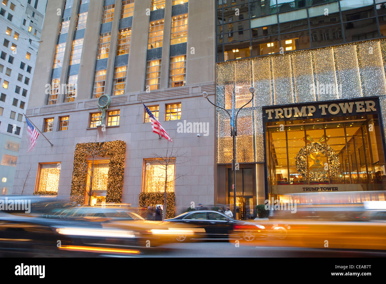 Traffic In Front Of Tiffany Amp Co And Trump Tower Fifth